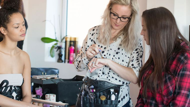 Bespoke makeup workshop Lucy Jayne Makeup Academy