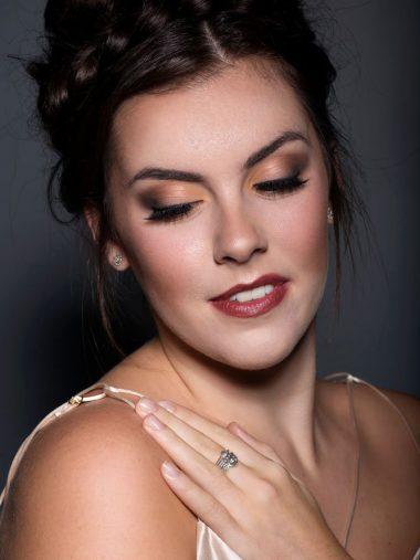 student pro makeup photoshoot